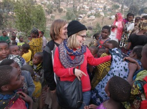 Linn i møte med skolebarna