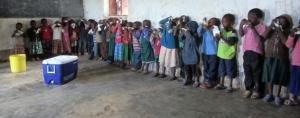 Prøvesmaking på Tchenzema barneskole