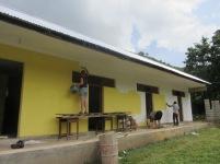 Internatet ved ungdomsskolen i det fattige dalføret Bunduki ble støttet av Steinerskolen i Moss og ferdig i 2018. Internatet ble mat gult som siste hånd på verket i februar 2018.