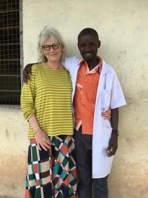 Fine Art lærer Lucas ved Kikeo ungdomsskole og Hilde fikk til godt samarbeid om undervisningen